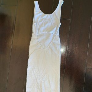 White body on Bebe dress Petite
